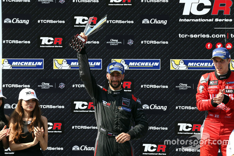 Podium: race winner James Nash, Team Craft-Bamboo, SEAT León TCR, second place Mikhail Grachev, West Coast Racing, Honda Civic TCR