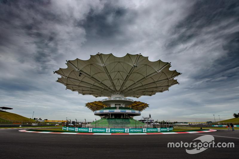 Kurve 15: die letzte Kurve am Sepang International Circuit