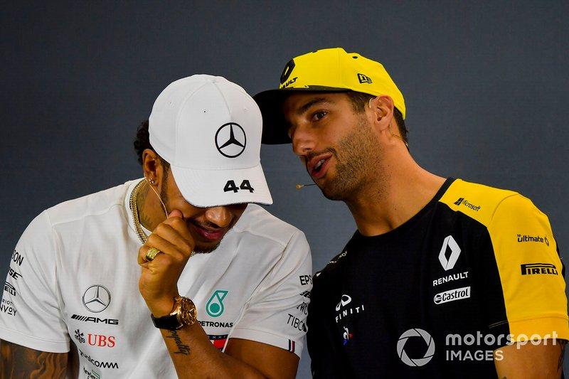 Lewis Hamilton, Mercedes AMG F1 y Daniel Ricciardo, Renault F1 Team