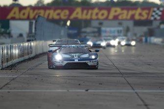 #67 Ford Chip Ganassi Racing Ford GT: Andy Priaulx, Harry Tincknell, Jonathan Bomarito