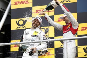 Podio: Gary Paffett, Mercedes-AMG Team HWA y René Rast, Audi Sport Team Rosberg