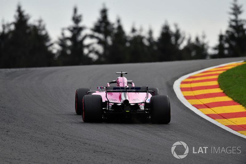 4. Серхио Перес, Racing Point Force India F1 VJM11 – 2:01.894