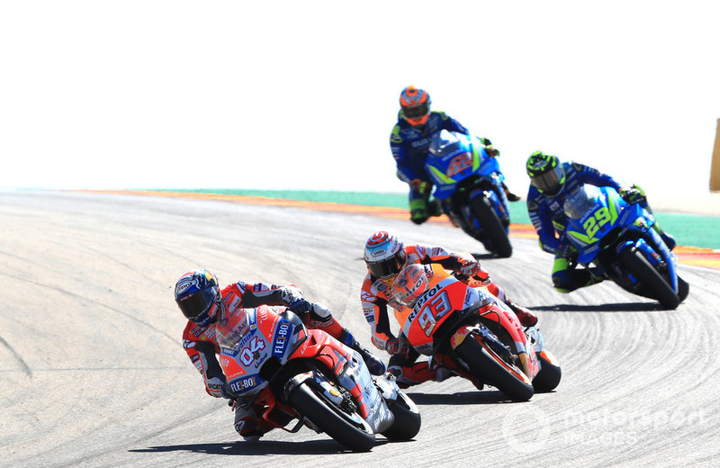 Dovizioso mène devant Márquez, Iannone et Rins