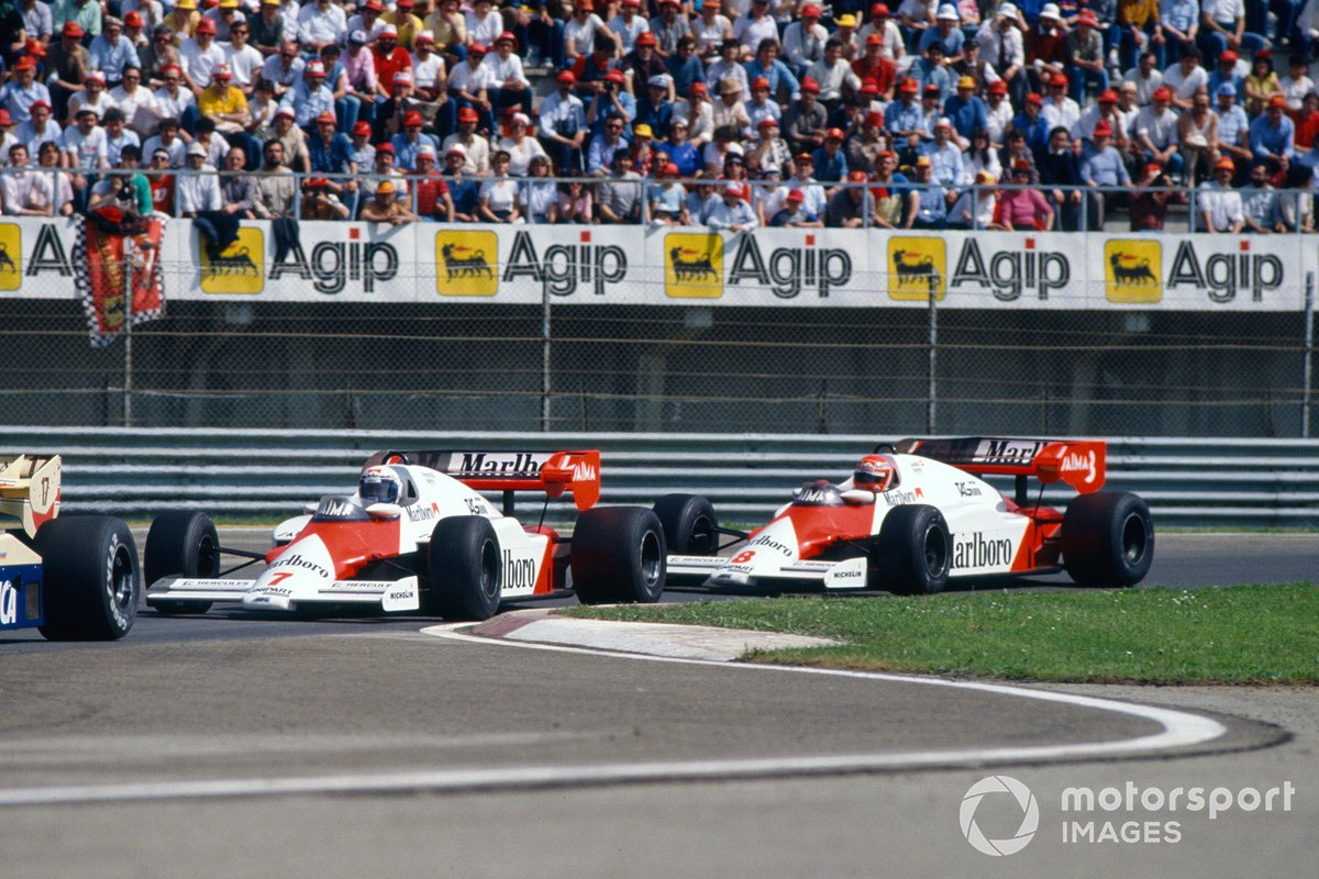 Alain Prost, McLaren MP4-2 TAG, leads Niki Lauda, McLaren MP4-2 TAG