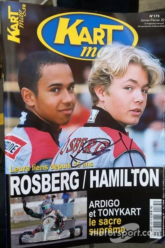Portada de la revista Kartmag con Nico Rosberg y Lewis Hamilton foto de la página oficial de Nico Ro