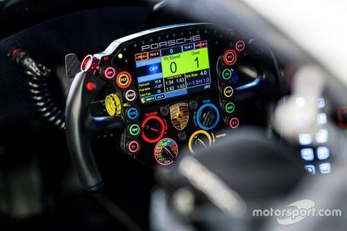 Porsche steering wheel retrospective