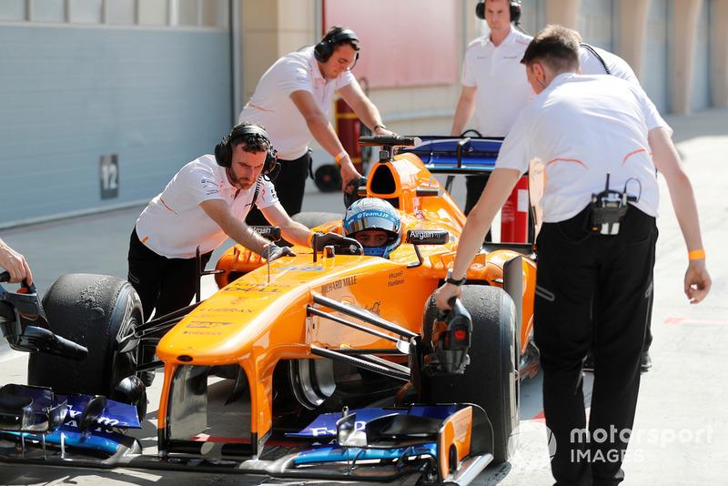 Jimmie Johnson na McLaren