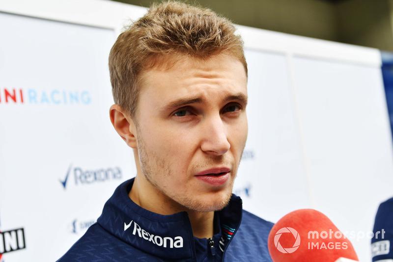 Sergey Sirotkin, Williams Racing, parla con i media