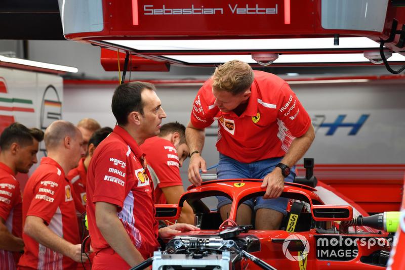 Себастьян Феттель, Ferrari SF71H, гоночний інженер Ferrari Ріккардо Адамі