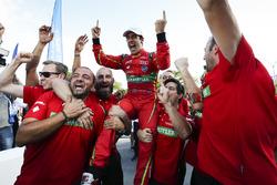 The Abt Audi team celebrate with ChampionLucas di Grassi, ABT Schaeffler Audi Sport at Parc Ferme