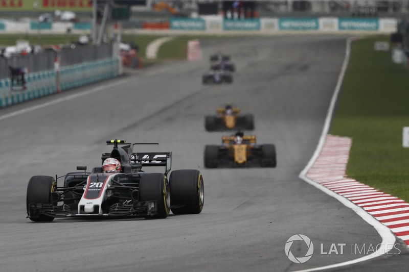 Кевін Магнуссен, Haas F1 Team VF-17, НІко Хюлькенберг, Джоліон Палмер, Renault Sport F1 Team RS17