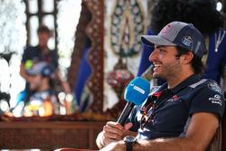 Carlos Sainz Jr., Scuderia Toro Rosso talks to the media