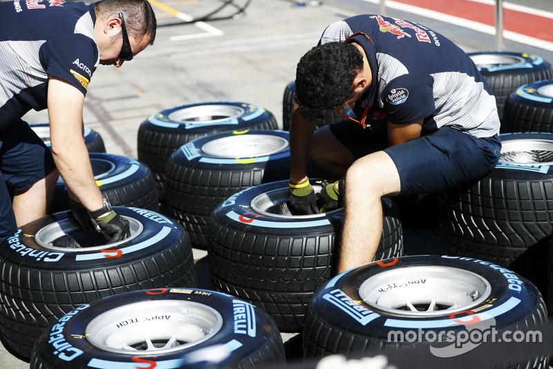 Scuderia Toro Rosso con llantas Pirelli
