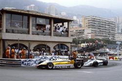 Alain Prost, Renault RE30B, Riccardo Patrese, Brabham BT49D-Ford