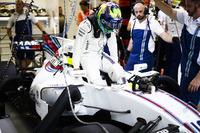 Felipe Massa, Williams, settles in to his seat