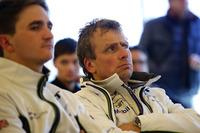 #37 Bentley Team Abt, Bentley Continental GT3: Christian Menzel; #38 Bentley Team Abt, Bentley Continental GT3:  Jordan Pepper
