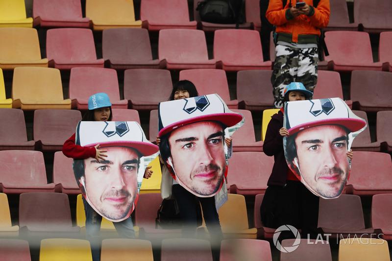 Des fans de Fernando Alonso, McLaren
