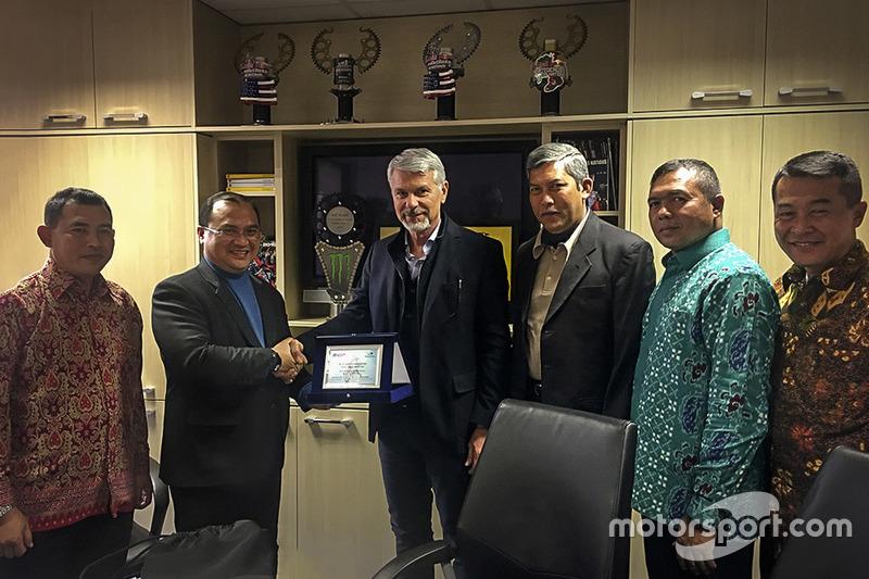 Delegasi Indonesia di kantor Youthstream