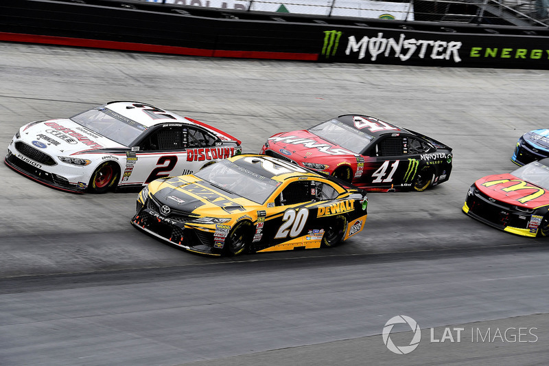 Erik Jones, Joe Gibbs Racing, Toyota Camry DeWalt, Brad Keselowski, Team Penske, Ford Fusion Discount Tire, Kurt Busch, Stewart-Haas Racing, Ford Fusion Haas Automation/Monster Energy, and Kyle Larson, Chip Ganassi Racing, Chevrolet Camaro McDonald's