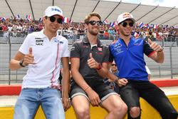 Esteban Ocon, Force India F1, Romain Grosjean, Haas F1 and Pierre Gasly, Scuderia Toro Rosso