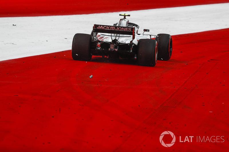Kevin Magnussen, Haas F1 Team VF-18, va largo