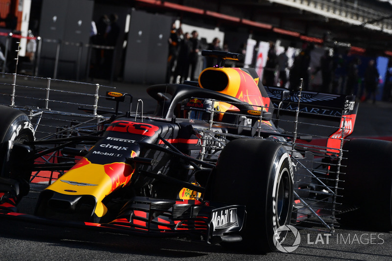 Max Verstappen, Red Bull Racing RB14 with aero sensors