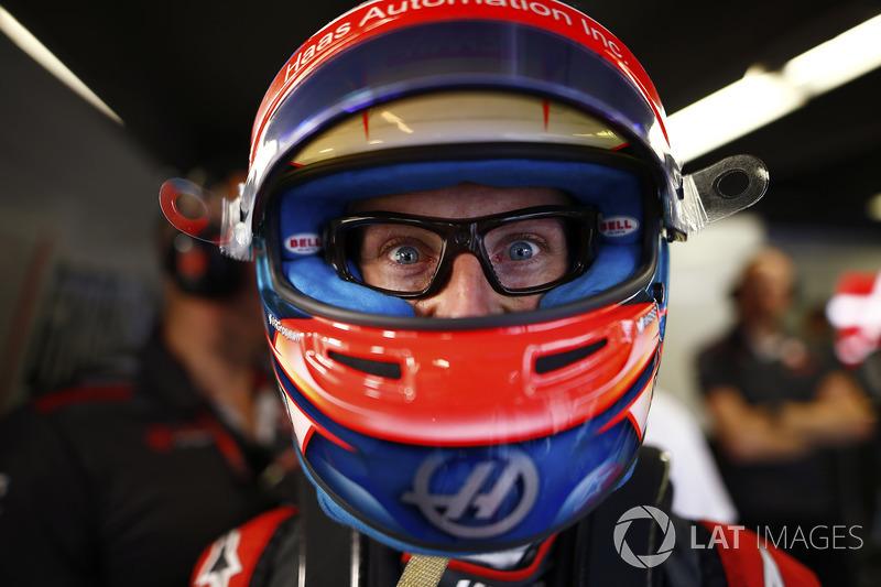 Les lunettes top tendance (mais super technologiques !) de Romain Grosjean