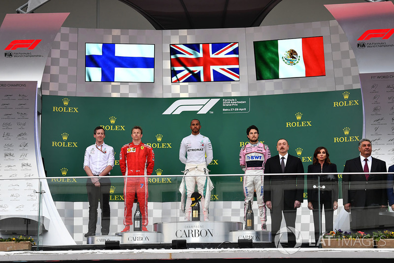 Azerbaïdjan - Podium : Lewis Hamilton, Kimi Räikkönen, Sergio Pérez