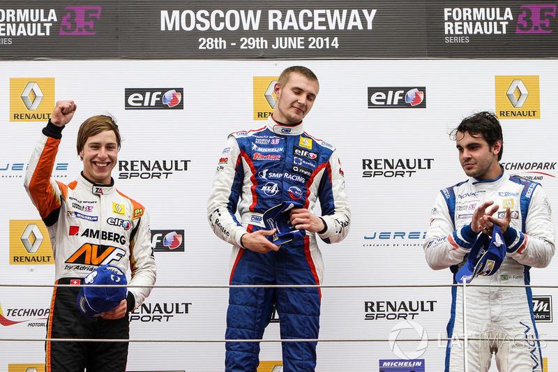 2014: первая победа в Мировой серии Renault