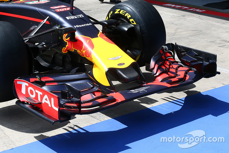 Red Bull RB12: Kurze Nase