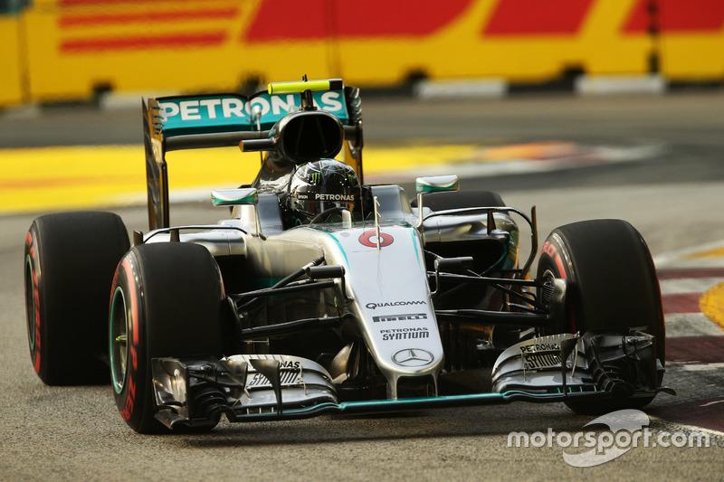 1º: Nico Rosberg, Mercedes AMG F1 W07 Hybrid