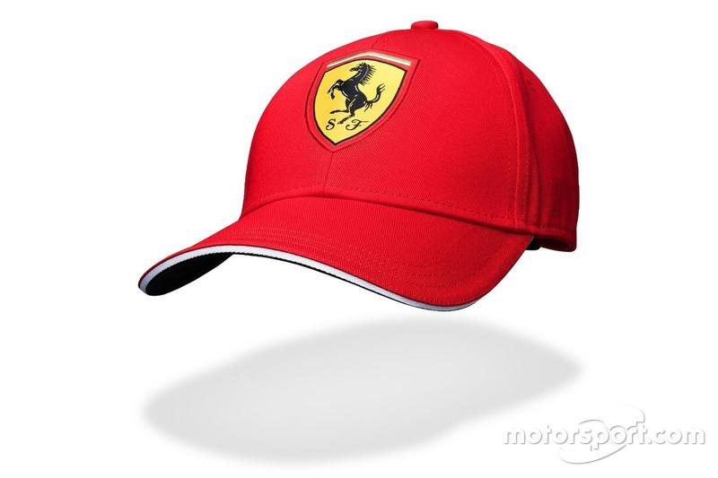 Casquette classique rouge Scuderia Ferrari 2016
