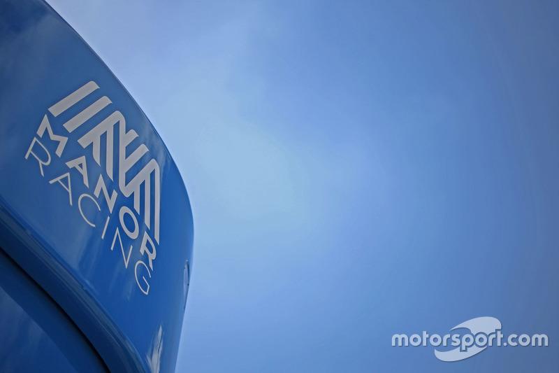 Motorhome: Manor Racing