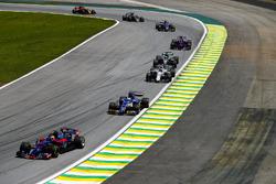 Pierre Gasly, Scuderia Toro Rosso STR12, Marcus Ericsson, Sauber C36, Lance Stroll, Williams FW40, Lewis Hamilton, Mercedes AMG F1 W08, Brendon Hartley, Scuderia Toro Rosso STR12