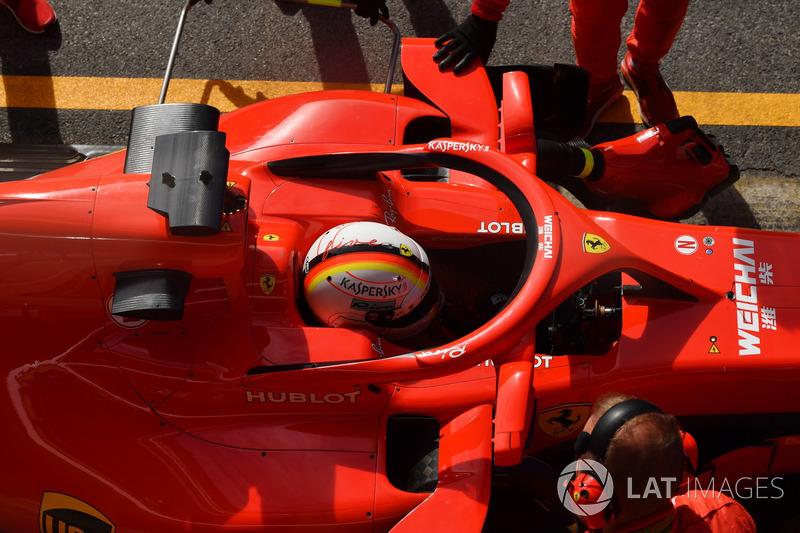 Sebastian Vettel, Ferrari SF71H with mirrors on halo