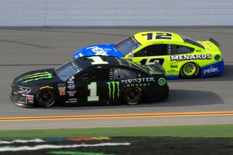 Kurt Busch, Chip Ganassi Racing, Chevrolet Camaro Monster Energy Ryan Blaney, Team Penske, Ford Mustang Menards/Peak