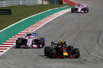 Max Verstappen, Red Bull Racing RB14, leads Esteban Ocon, Racing Point Force India VJM11, and Sergio Perez, Racing Point Force India VJM11