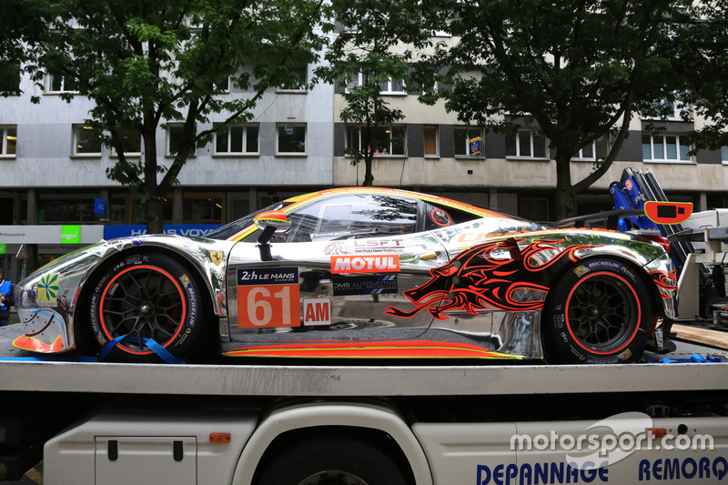 #61 Clearwater Racing Ferrari 458 Italia