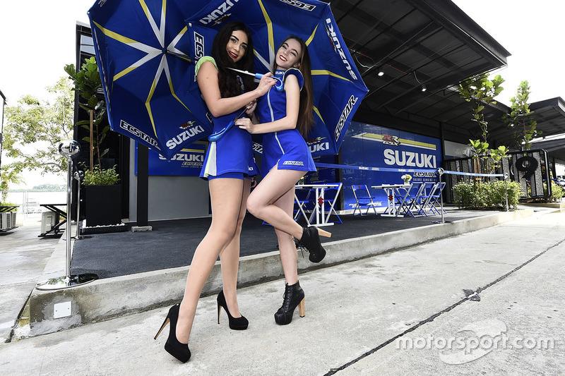 Чарівні дівчата Suzuki
