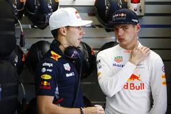 Max Verstappen, Red Bull Racing, mit Pierre Gasly, Red Bull Racing, Testfahrer