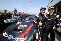 Race winner #84 Mercedes-AMG Team HTP Motorsport, Mercedes-AMG GT3: Максі Бук, Франк Перера
