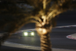 #77 Dempsey Proton Competition Porsche 911 RSR: Рихард Лиц, Микаэль Кристенсен