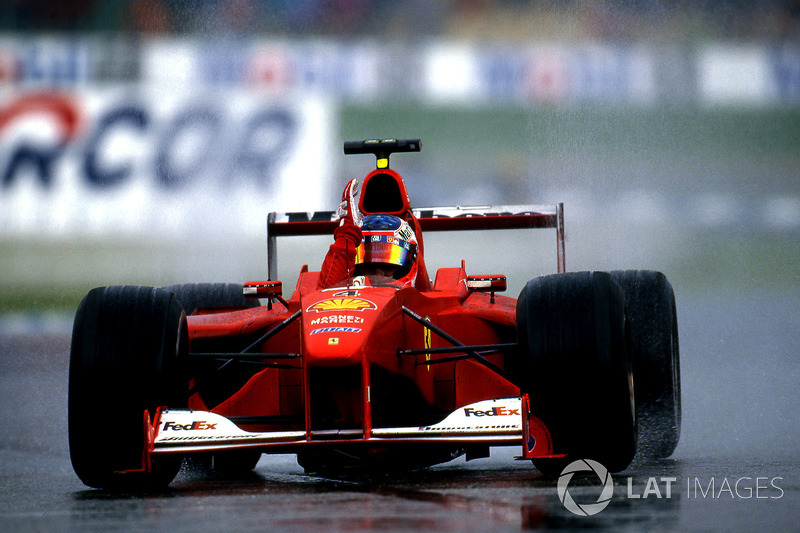 Podio: ganador de la carrera Rubens Barrichello, Ferrari F1 2000, segundo lugar Mika Hakkinen,  Mclaren  MP4-15, David Coulthard, Mclaren MP4-15