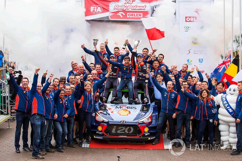 Тьерри Невилль, Николя Жильсуль, Hyundai i20 Coupe WRC и команда