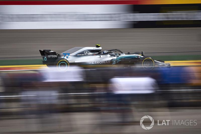 17: Valtteri Bottas, Mercedes AMG F1 W09, (sanción)