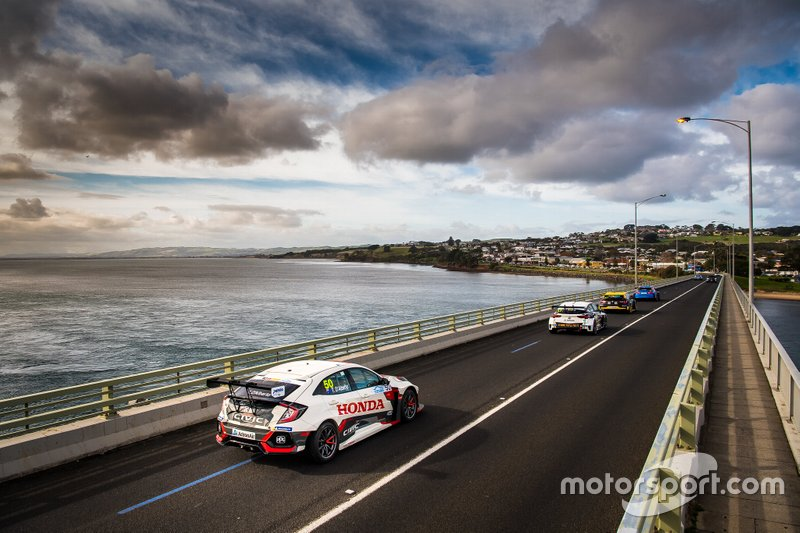 TCR Australia Phillip Island bridge crossing