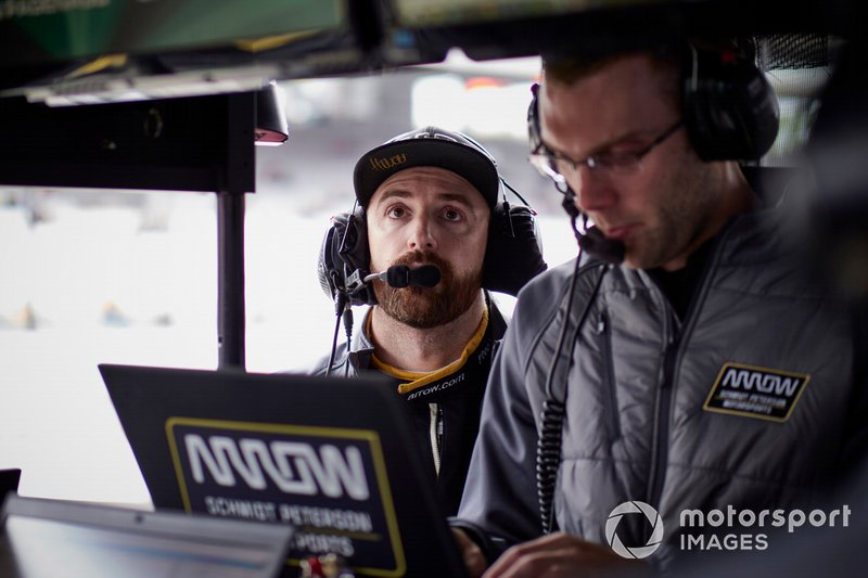 James Hinchcliffe with his race engineer Will Anderson.
