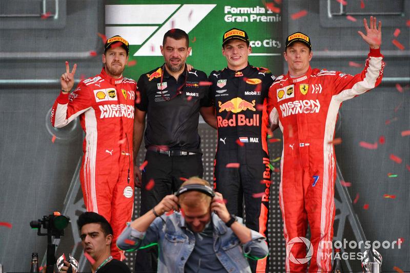 Sebastian Vettel, Ferrari, Guillaume Rocquelin, Red Bull Racing, Max Verstappen, Red Bull Racing y Kimi Raikkonen, Ferrari con el DJ Armin van Buuren