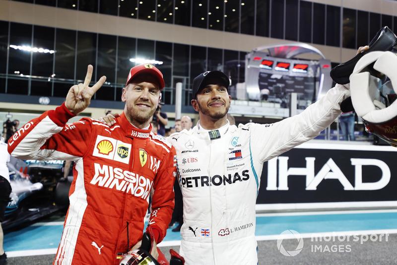 Себастьян Феттель, Ferrari, та Льюіс Хемілтон, Mercedes AMG F1