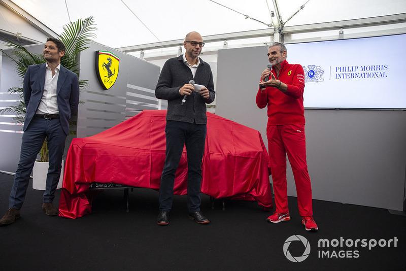 Maurizio Arrivabene, director de Ferrari en la revelación de la nueva decoración de Ferrari